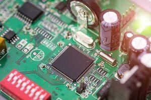 برد مدار چاپی یا PCB